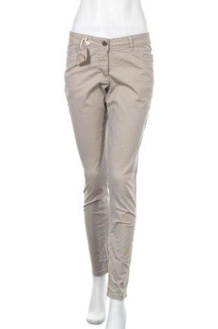 Дамски панталон Up 2 Fashion, Размер M, Цвят Бежов, 98% памук, 2% еластан, Цена 33,92лв.