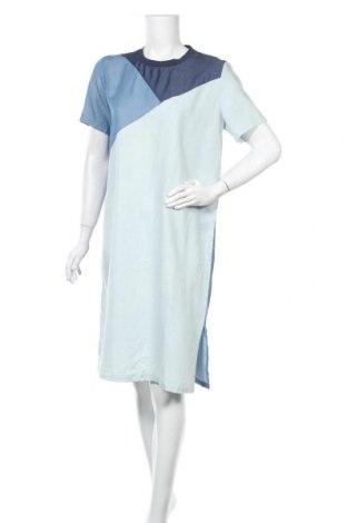 Φόρεμα Just Female, Μέγεθος M, Χρώμα Μπλέ, Τιμή 15,78€
