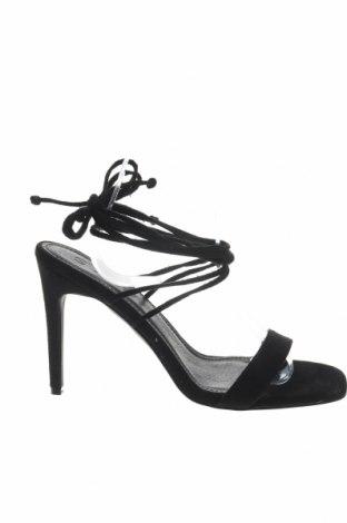 Σανδάλια Boohoo, Μέγεθος 40, Χρώμα Μαύρο, Κλωστοϋφαντουργικά προϊόντα, Τιμή 16,73€