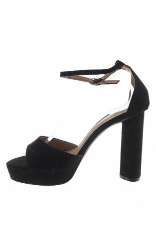 Σανδάλια Boohoo, Μέγεθος 41, Χρώμα Μαύρο, Κλωστοϋφαντουργικά προϊόντα, Τιμή 15,21€