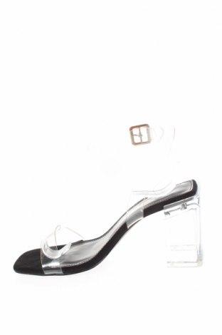 Σανδάλια Boohoo, Μέγεθος 36, Χρώμα Λευκό, Πολυουρεθάνης, Τιμή 16,12€