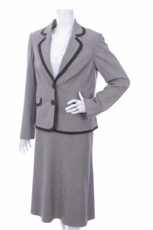 Дамски костюм J.Taylor