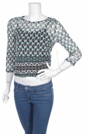 Дамска блуза Almost Famous, Размер M, Цвят Многоцветен, 95% полиестер, 5% еластан, Цена 7,00лв.
