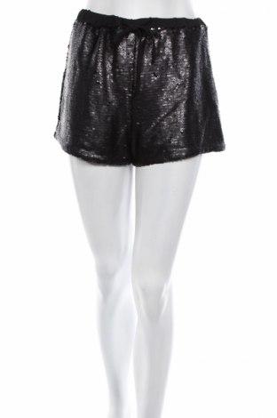 Γυναικείο κοντό παντελόνι Glamorous