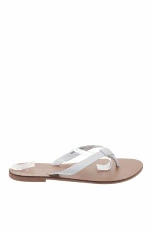 Γυναικείες παντόφλες New Look, Μέγεθος 39, Χρώμα Λευκό, Γνήσιο δέρμα, Τιμή 20,63€