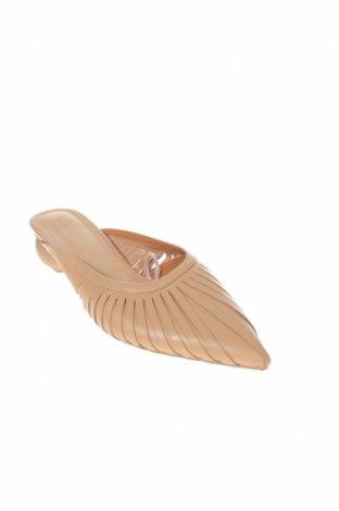 Γυναικείες παντόφλες Reserved, Μέγεθος 39, Χρώμα  Μπέζ, Γνήσιο δέρμα, Τιμή 18,85€