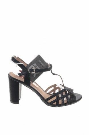 Σανδάλια Xti, Μέγεθος 38, Χρώμα Μαύρο, Κλωστοϋφαντουργικά προϊόντα, Τιμή 21,58€