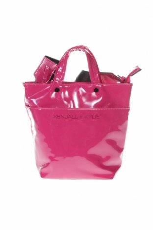 Дамска чанта Kendall & Kylie, Цвят Розов, Еко кожа, Цена 36,00лв.
