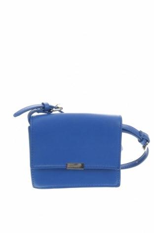 Γυναικεία τσάντα Zara Trafaluc, Χρώμα Μπλέ, Δερματίνη, Τιμή 19,74€