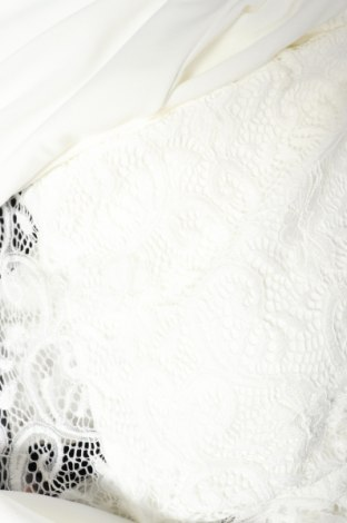 Дамски гащеризон, Размер S, Цвят Бял, 95% полиестер, 5% еластан, Цена 22,32лв.