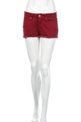Γυναικείο κοντό παντελόνι, Μέγεθος S, Χρώμα Κόκκινο, 98% βαμβάκι, 2% ελαστάνη, Τιμή 4,09€