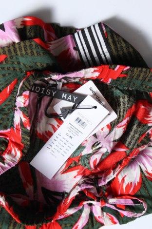 Γυναικείο κοντό παντελόνι Noisy May, Μέγεθος XS, Χρώμα Πολύχρωμο, Βισκόζη, Τιμή 13,39€