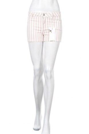 Γυναικείο κοντό παντελόνι ONLY, Μέγεθος S, Χρώμα Λευκό, 8% βαμβάκι, 2% ελαστάνη, Τιμή 13,75€