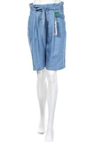 Γυναικείο κοντό παντελόνι ONLY, Μέγεθος S, Χρώμα Μπλέ, Lyocell, Τιμή 15,16€
