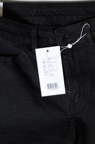 Pantaloni scurți de femei Vila, Mărime M, Culoare Negru, 81% bumbac, 17% poliester, 2% elastan, Preț 88,82 Lei