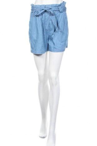 Дамски къс панталон Vila, Размер M, Цвят Син, 70% лиосел, 30% памук, Цена 22,05лв.