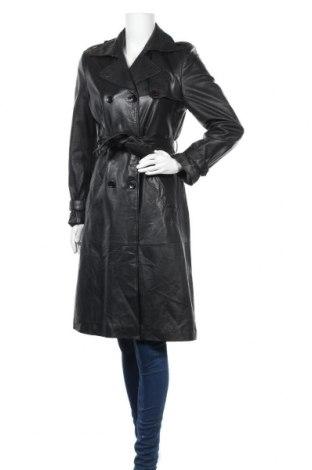Дамски кожен шлифер, Размер M, Цвят Черен, Естествен велур, Цена 100,80лв.