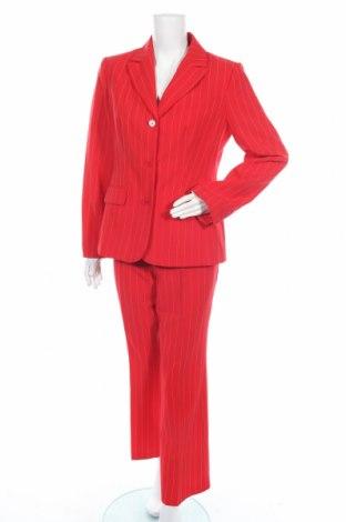 Дамски костюм, Размер L, Цвят Червен, 99% полиестер, 1% вискоза, Цена 33,81лв.