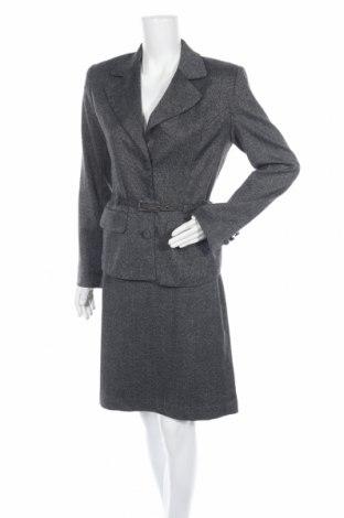 Дамски костюм Fransa, Размер M, Цвят Сив, 65% полиестер, 32% вискоза, 3% еластан, Цена 44,10лв.