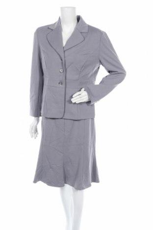 Дамски костюм Helena Vera, Размер L, Цвят Сив, 76% полиестер, 20% вискоза, 4% еластан, Цена 26,46лв.