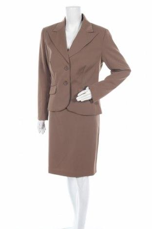 Дамски костюм Laura Scott, Размер L, Цвят Кафяв, 95% полиестер, 5% еластан, Цена 53,76лв.