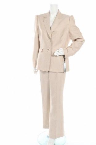 Дамски костюм Tahari By Arthur S. Levine, Размер XL, Цвят Бежов, Полиестер, Цена 135,45лв.