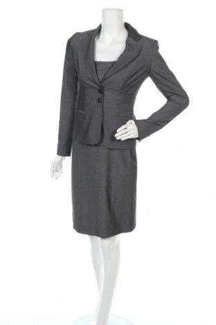Дамски костюм Zero, Размер XS, Цвят Сив, 58% полиестер, 41% вискоза, 1% еластан, Цена 23,68лв.