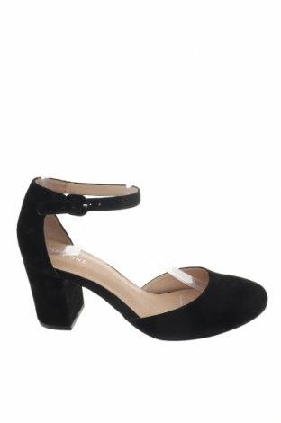 Γυναικεία παπούτσια Pier One, Μέγεθος 38, Χρώμα Μαύρο, Φυσικό σουέτ, Τιμή 46,54€