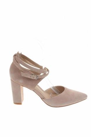 Γυναικεία παπούτσια Pier One, Μέγεθος 37, Χρώμα  Μπέζ, Φυσικό σουέτ, Τιμή 39,87€