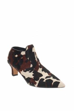 Дамски обувки Reserved, Размер 41, Цвят Многоцветен, Естествен косъм, Цена 19,80лв.