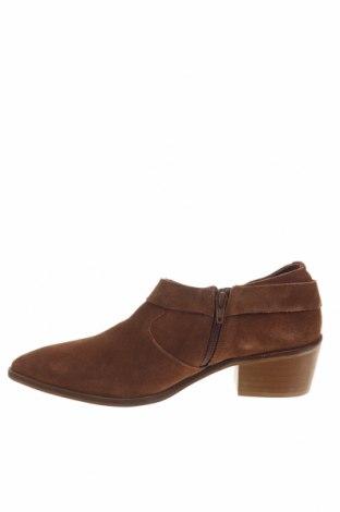 Γυναικεία παπούτσια Reserved, Μέγεθος 41, Χρώμα Καφέ, Φυσικό σουέτ, Τιμή 13,76€