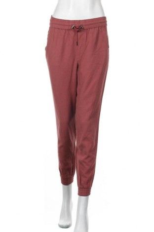 Дамски панталон ONLY, Размер S, Цвят Розов, 92% вискоза, 8% полиестер, Цена 24,80лв.