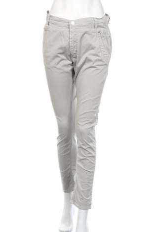 Дамски панталон Replay, Размер L, Цвят Бежов, 98% памук, 2% еластан, Цена 11,81лв.