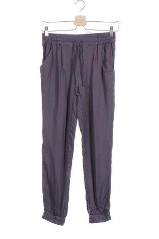 Γυναικείο παντελόνι Talula, Μέγεθος XS, Χρώμα Γκρί, Βισκόζη, Τιμή 11,82€