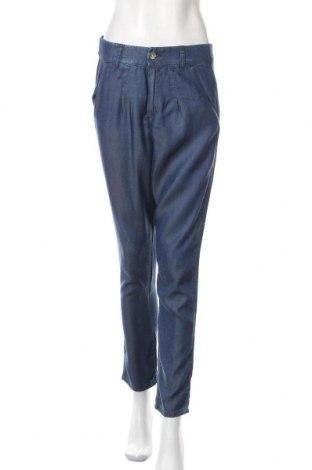 Дамски панталон United Colors Of Benetton, Размер S, Цвят Син, Лиосел, Цена 36,75лв.