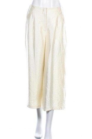 Дамски панталон Vero Moda, Размер M, Цвят Екрю, 67% вискоза, 19% полиамид, 14% полиестер, Цена 27,60лв.