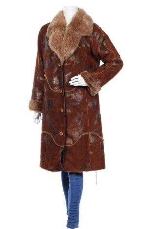 Дамско кожено палто, Размер M, Цвят Кафяв, Естествена кожа, Цена 85,68лв.