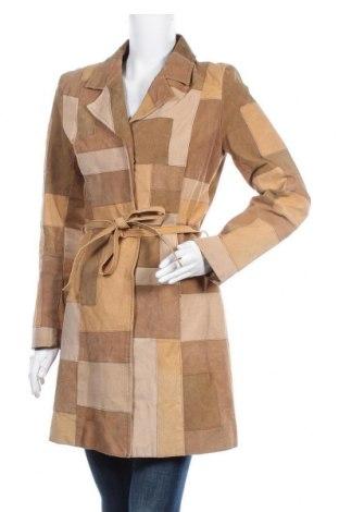 Дамско кожено палто, Размер S, Цвят Кафяв, Естествена кожа, Цена 77,81лв.