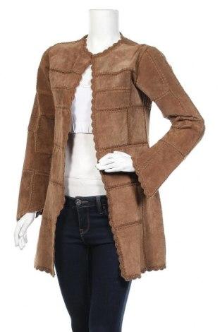 Дамско кожено палто Vero Moda, Размер S, Цвят Кафяв, Естествен велур, Цена 58,28лв.