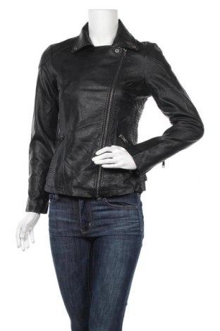 Дамско кожено яке, Размер M, Цвят Черен, Еко кожа, Цена 32,76лв.