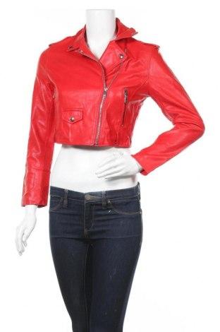 Дамско кожено яке Bershka, Размер S, Цвят Червен, Еко кожа, Цена 44,10лв.