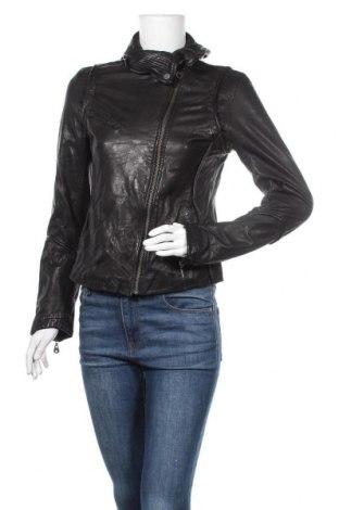 Дамско кожено яке Doma, Размер L, Цвят Черен, Естествена кожа, Цена 97,02лв.
