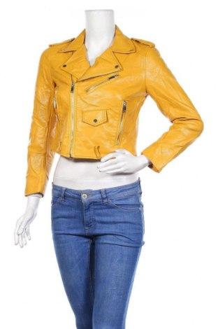 Дамско кожено яке Zara, Размер S, Цвят Жълт, Еко кожа, Цена 32,76лв.