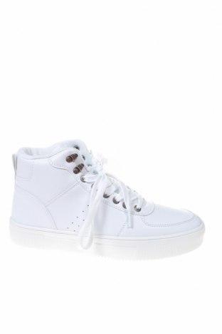 Ανδρικά παπούτσια Pier One, Μέγεθος 40, Χρώμα Λευκό, Δερματίνη, Τιμή 24,90€