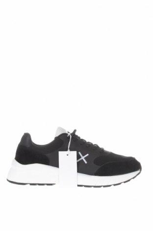 Мъжки обувки SUN68, Размер 44, Цвят Черен, Текстил, естествен велур, Цена 59,07лв.