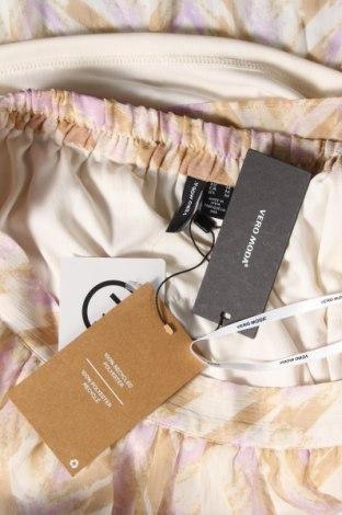 Пола Vero Moda, Размер M, Цвят Многоцветен, Полиестер, Цена 9,36лв.