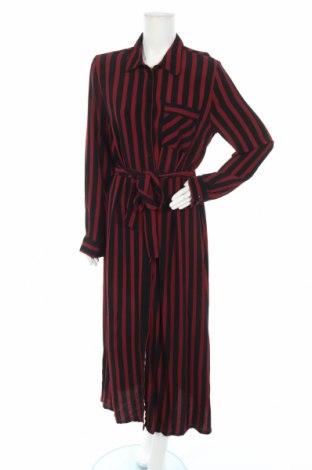 Рокля Selected Femme, Размер M, Цвят Червен, 100% вискоза, Цена 45,87лв.