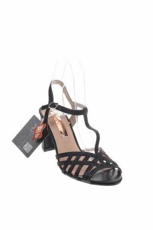 Σανδάλια Xti, Μέγεθος 37, Χρώμα Μαύρο, Κλωστοϋφαντουργικά προϊόντα, Τιμή 21,58€