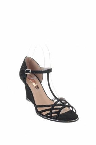 Σανδάλια Xti, Μέγεθος 39, Χρώμα Μαύρο, Κλωστοϋφαντουργικά προϊόντα, Τιμή 22,40€
