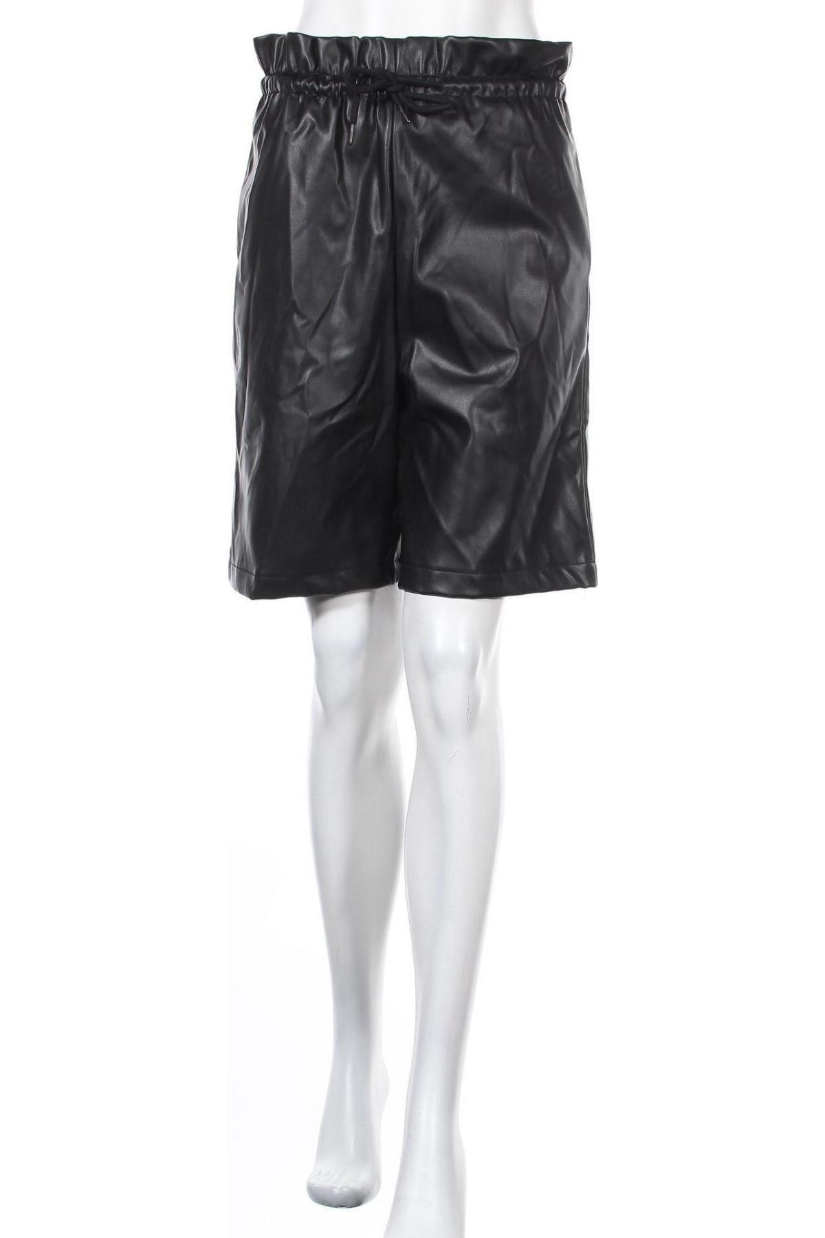 Γυναικείο κοντό δερμάτινο παντελόνι Vero Moda, Μέγεθος S, Χρώμα Μαύρο, Δερματίνη, Τιμή 7,07€